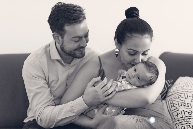 neugeborenenfotografie frankfurt baby Vater mutter Eltern lifestyle photography