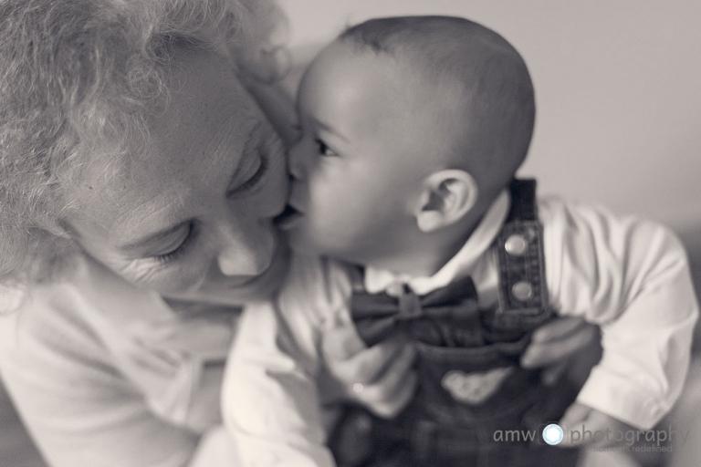 enkel küsst oma familienfotografie frankfurt nidderau