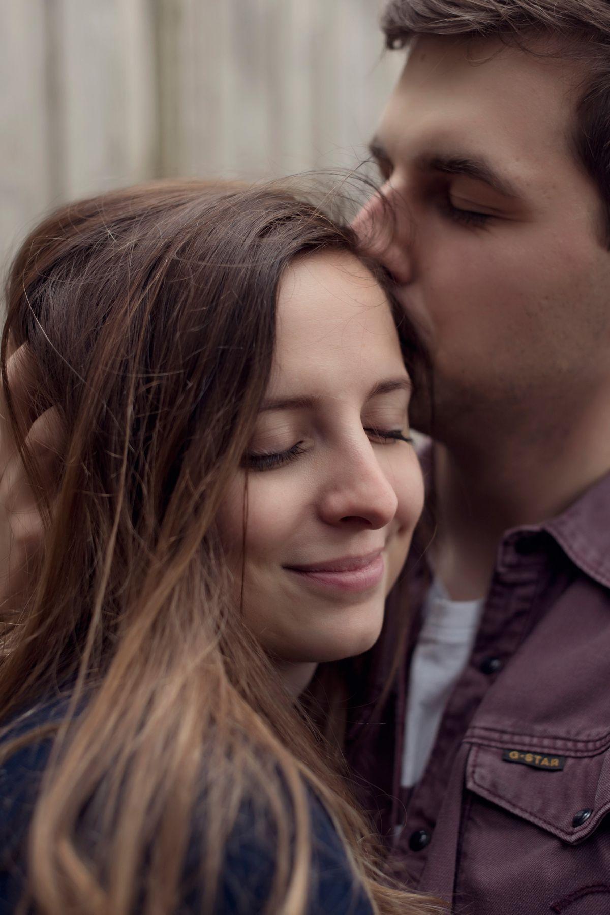 hochzeitsfotografin hessen frankfurt heiraten im römer standesamt engagementbilder
