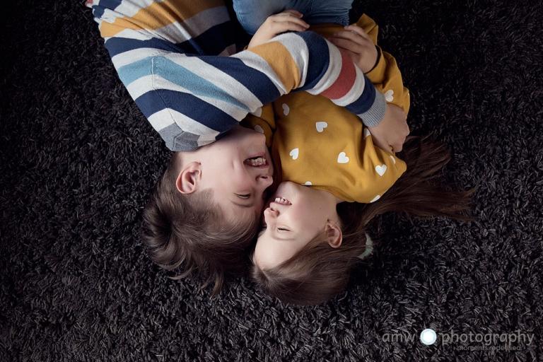 kinderfotograf familienbilder hanau frankfurt nidderau lustige kinderbilder welche kleidung fürs fotoshooting