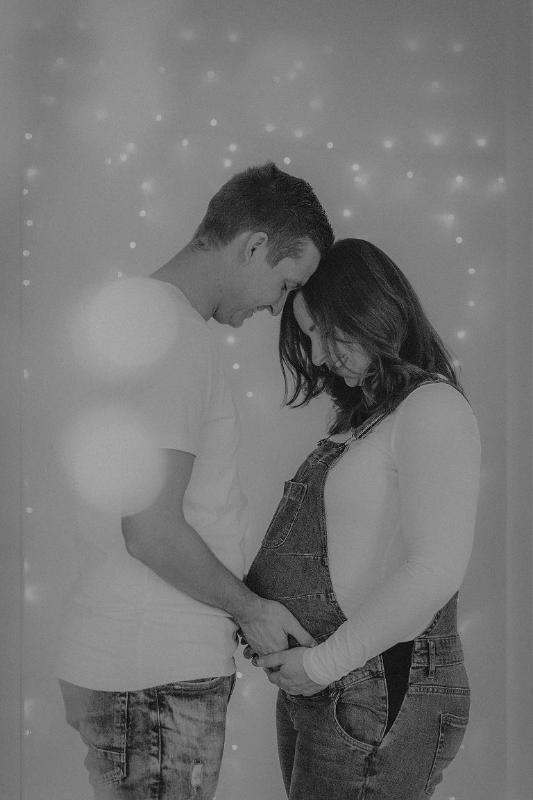 schwangerschaftsbilder frankfurt fotograf hessen bauchbilder liebe im bauch baby babybilder homestory fotografin nidderau